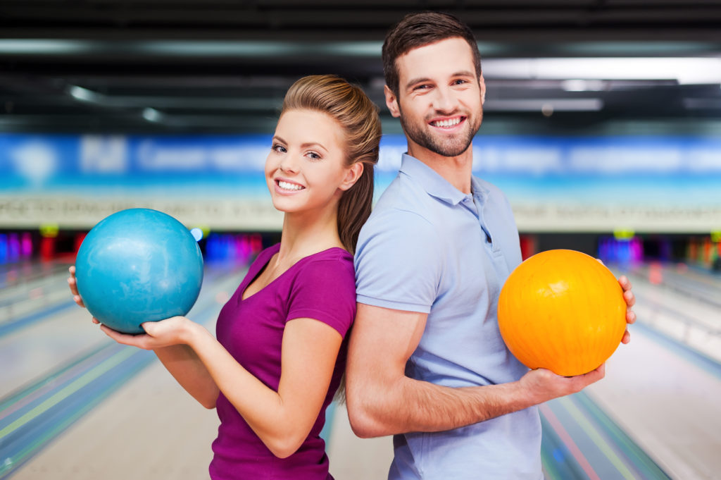 bowling deals | daily deals | discounted entertainment | affordable bowling rates | super bowl family entertainment center | appleton, wi