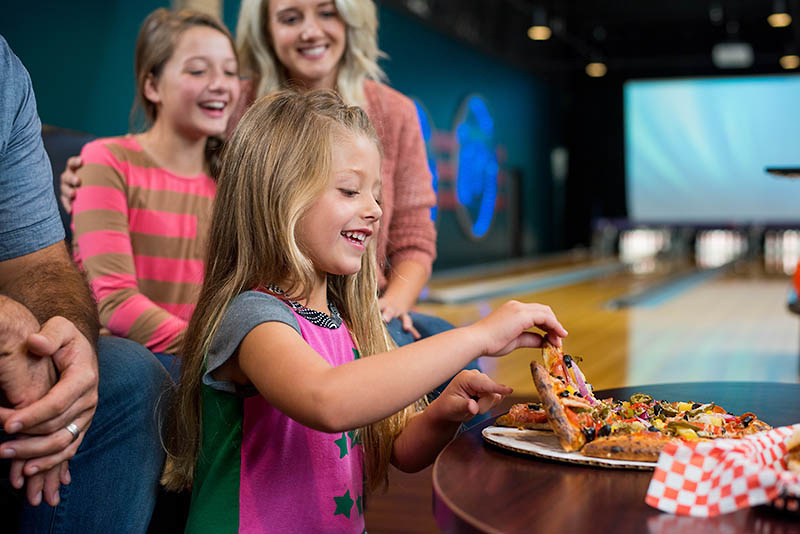 pizza and bowling | pizza special | pizza daily deal | appleton, wi | super bowl family entertainment center