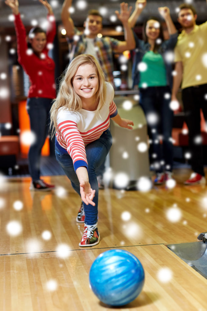 holiday bowling parties | holiday parties made easy | easy holiday party planning | super bowl's holiday parties | appleton holiday parties | super bowl entertainment center | appleton, wi