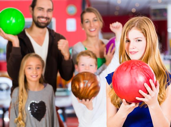 family bowling | open bowling | super bowl family entertainment center | appleton, wi