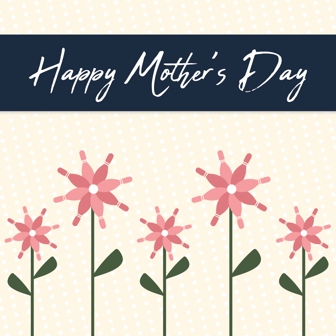 mother's day bowling | family-friendly mother's day | Appleton, WI | Super Bowl Family Entertainment Center